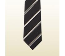 gestreifte Krawatte aus gewebter Seide