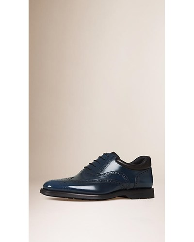 burberry herren wingtip brogues aus leder mit. Black Bedroom Furniture Sets. Home Design Ideas