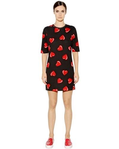 moschino damen love moschino kleid aus baumwoll und modaljersey mit herzdruck schwarz rot. Black Bedroom Furniture Sets. Home Design Ideas