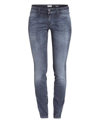 closed skinny jeans. Black Bedroom Furniture Sets. Home Design Ideas