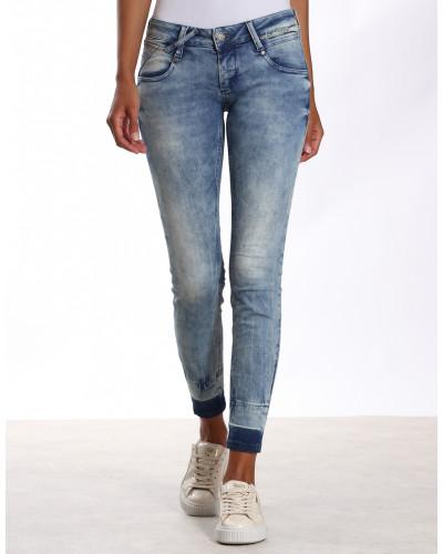 Nena Skinny Cropped Jeans