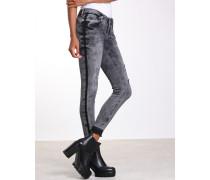 Nena Cropped Skinny Jeans