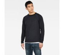 Core Straight Knitted Pullover