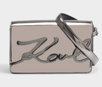 K/Signature Gloss Shoulder Bag aus Öko Leder