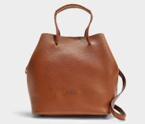 Bucket Bag Iconic Senza Piping aus genarbtem braunem Kalbsleder