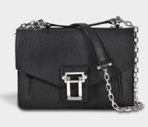 Hava Chain Shoulder Bag aus schwarzem Lindos Leder