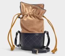 Bucket Bag Sully aus sandfarbenem Kalbsleder