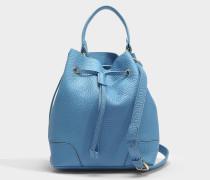 Kleine Handtasche Stacy mit Zugband aus blauem Kalbsleder