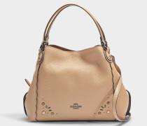 Handtasche Edie 28 mit Nieten aus hellbraunem Kalbsleder