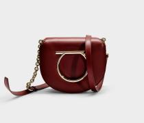 Handtasche Crossbody Gancio Vela Medium aus Bordeauxrotem Kalbsleder