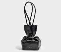 Micro Causch Tasche aus schwarzem Crinkled Lackleder