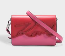 K/Signature Glaze Shoulder Bag aus Azalea glattem Kalbsleder