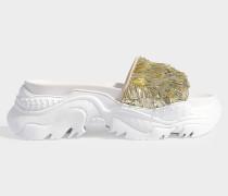 Slides Billy mit Plateau aus goldenen Pailletten und weißem Kalbsleder