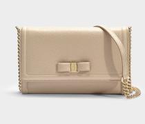 Kleine Handtasche mit Taschenklappe Ginny aus beigem Kalbsleder