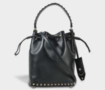 Rockstud Small Bucket Tasche aus schwarzem Kalbsleder und Seide