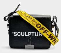 Handtasche mit Taschenklappe Flap 'Sculpture' aus schwarzem Kalbsleder