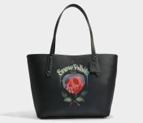 Shopper Poison Apple Market