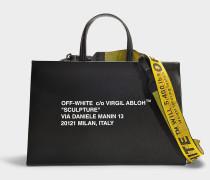 Handtasche Box Medium aus schwarzem und weißem Kalbsleder