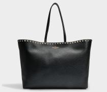 Rockstud Tote Tasche aus schwarzem gekörntem Kalbsleder