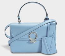 DV One Small Bag aus Baby blauem Kalbsleder