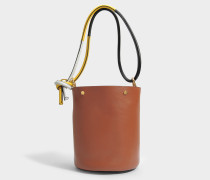 Bucket Tasche aus Marroon schwarzem Safran und Fog Kalbsleder