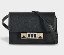 Ps11 Geldbörse with Strap aus schwarzem Mini Narbenleder