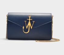 Handtasche Logo Purse aus marineblauem Kalbsleder