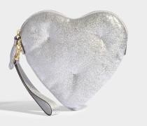 Clutch Chubby Heart aus silbernem Crack-Leder