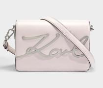 K/Signature Shoulder Bag aus hellrosanem glattem Kalbsleder