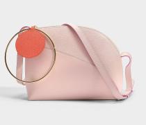 Eartha Medium Tasche aus Puttyfarbenem Kalbsleder