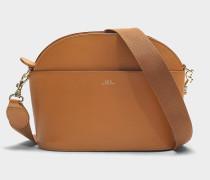 Handtasche Gabrielle aus camelfarbenem Kalbsleder
