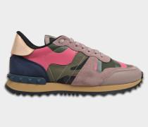 Camouflage Sneaker aus rosanem und navyblauem Wildleder
