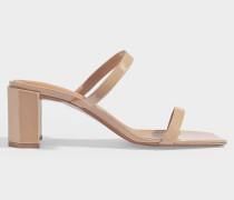 Sandalen Tanya aus nudefarbenem Lackleder