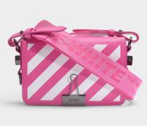 Handtasche Diag Mini Flap aus fuchsiafarbenem, weißem Kalbsleder