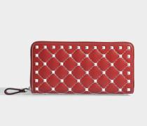 Free Rockstud Spike Zip Around Continental Geldbörse aus rotem Nappaleder