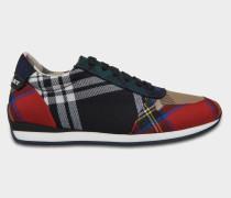 Amelia Tartan Spitze Up Sneaker aus schwarzem und rotem Wolle