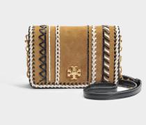 Kira Whipstitch Mini Crossbody Tasche aus haselnussbraunem Kalbsleder