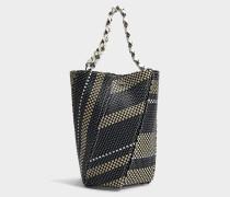 Medium Hex Bucket Tasche aus schwarzem und weißem gewebtem Bast