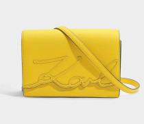 K/Signature Essential Shoulder Bag aus Sunflower Saffiano