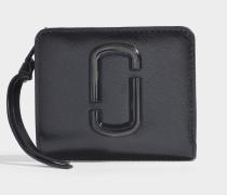 Mini Geldbörse Snapshot DTM Compact aus schwarzem Leder