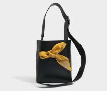 small Bucket Bandana Tasche aus schwarzem Kalbsleder