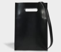 Minimal Crossbody Tasche aus schwarzem Kalbsleder