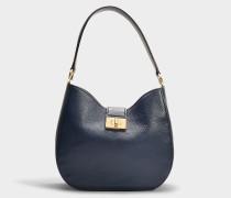 Handtasche Raya Greenwood Place aus blauem Kalbsleder