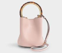 Korbtasche aus rosa Kalbsleder