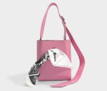 small Bucket Bandana Tasche aus rosanem Kalbsleder