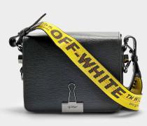 Handtasche mit Taschenklappe Flap aus schwarzem Kalbsleder