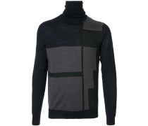 Pullover mit geometrischen Einsätzen