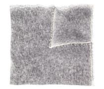 Fein gestrickter Schal