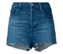 Jeansshorts mit ausgefransten Kanten