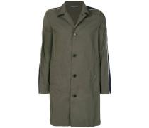 Einreihiger Mantel mit Streifen